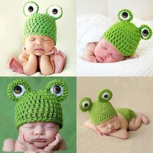 Other - 🐸Host Pick!🐸 Newborn Baby Knit Frog Beanie